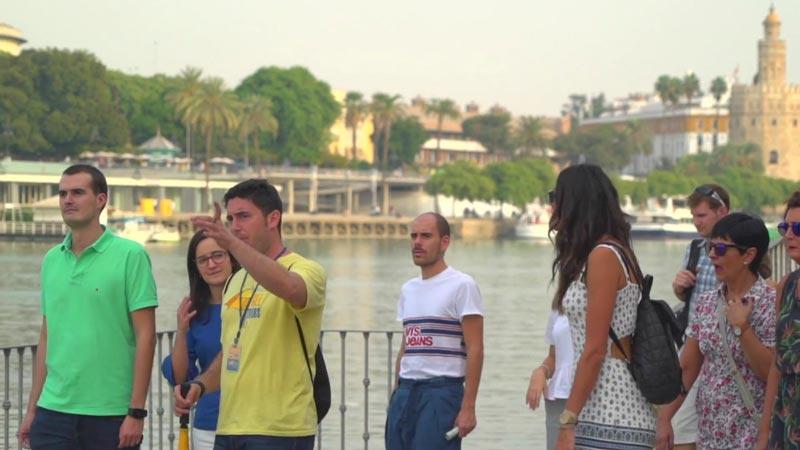 guias locales free tour sevilla