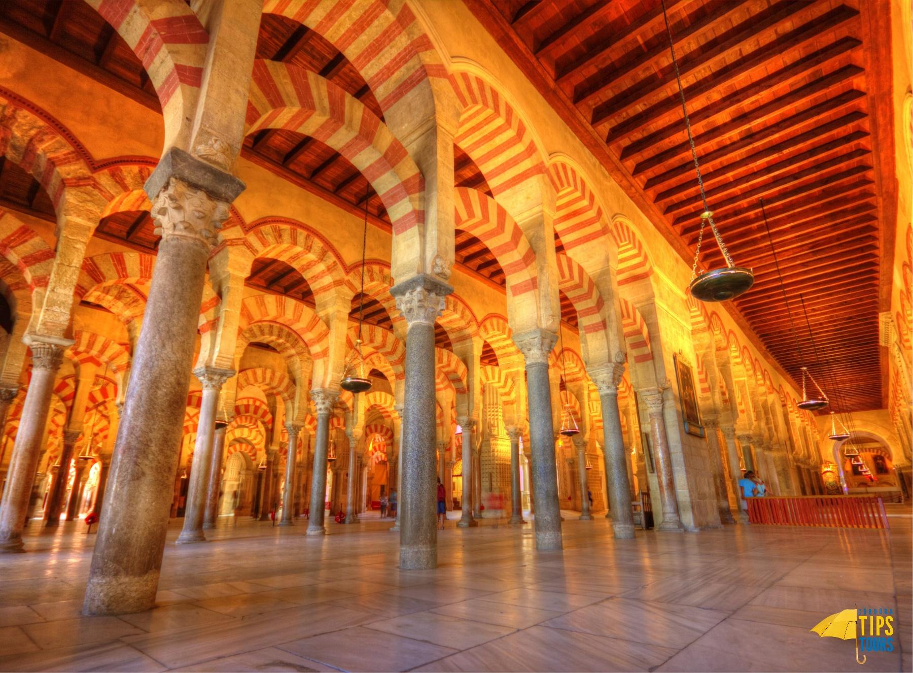 El Real Alcazar de Sevilla, la Mezquita de Córdoba y la Alhambra de Granada toman la delantera